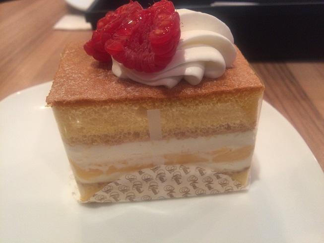 スフレカットケーキ