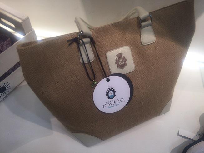 フラテッリ ノヴィエッロのバッグ