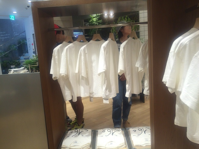 1F Tシャツ