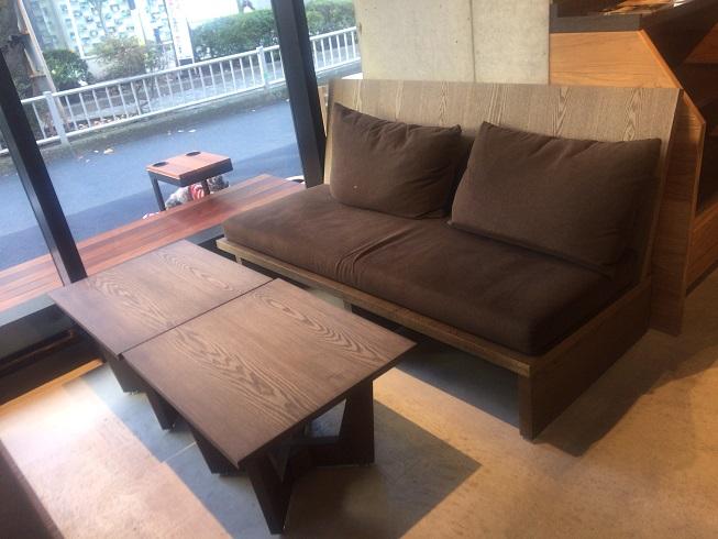 お店のソファ