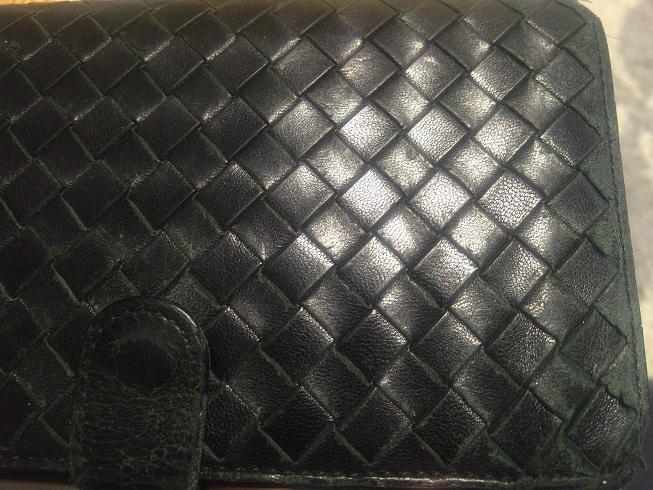 ポッテガベネタの8万以上する財布