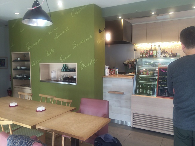 Rubanカフェ店内の雰囲気