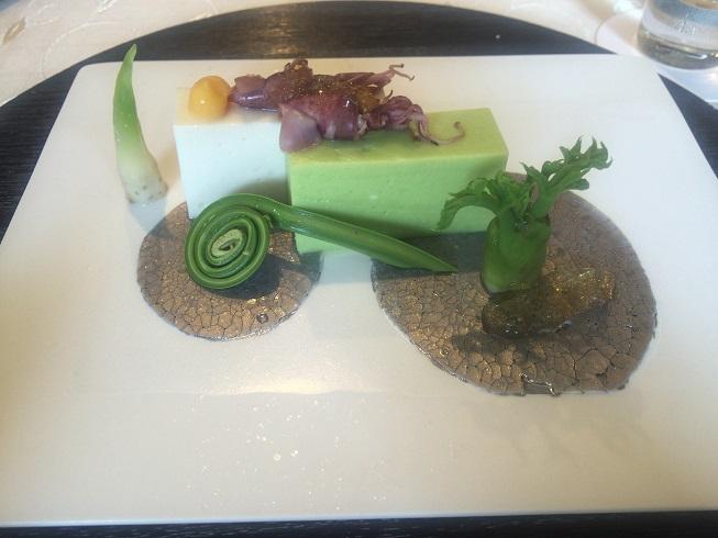 ホタルイカとゴマ豆腐