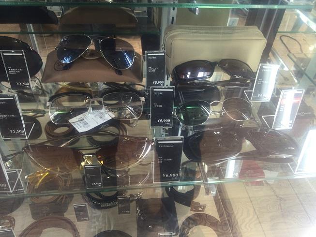 レイバンなどのサングラス