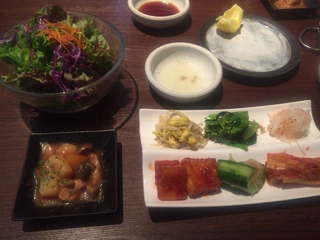 小鉢・サラダ・ナムル・キムチ