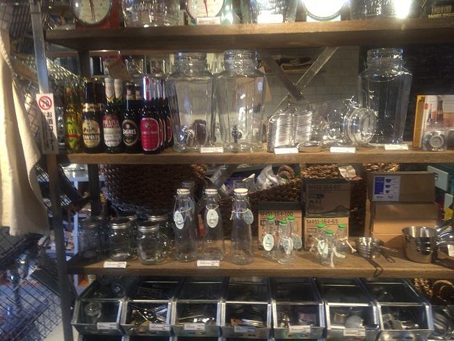 ガラス容器などの雑貨類
