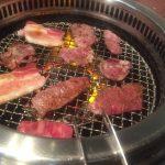 最高級の肉を焼く様