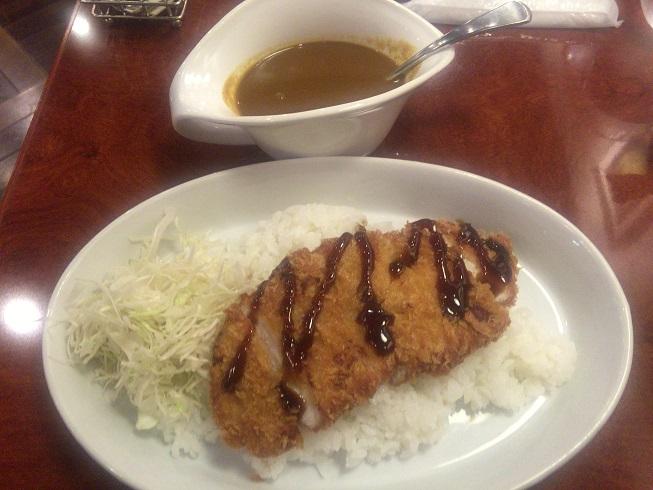 チキンカツカレー/1000円