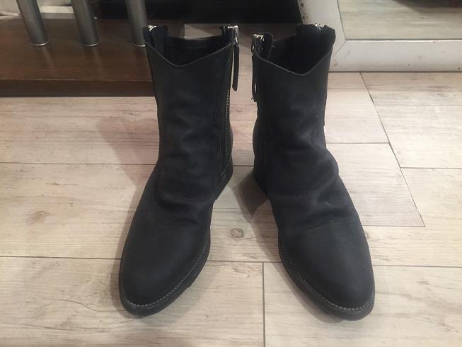 CINZIA ARAIAのブーツ