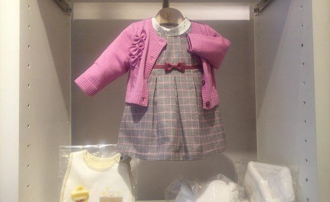 女の子用の子供服