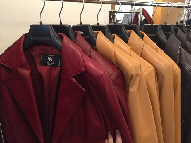 某ブランドと同様のスペイン工場で生産されたレザージャケット