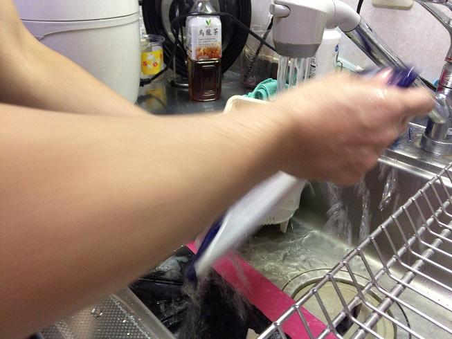 調理中に洗い物をする