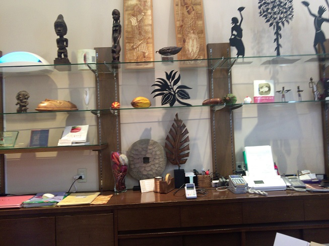 オリジンーヌ・カカオの店内風景
