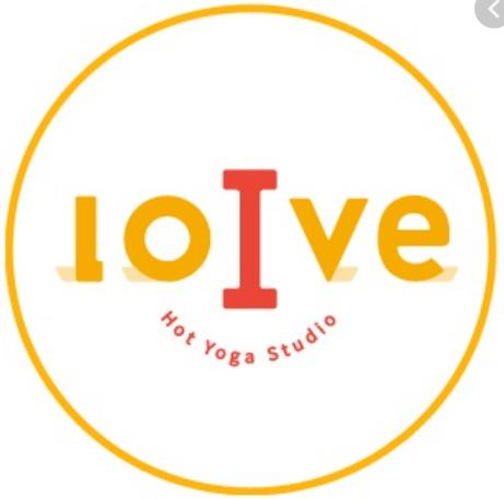 ヨガスタジオ『LOIVE(ロイブ)』のロゴ